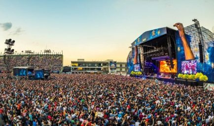 Vive-Latino-animated-stage-facebook-770x375